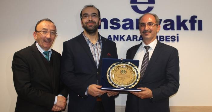 """Ahi Evran Üniversitesi Rektörü Prof. Dr. Vatan Karakaya """"Türkiye'de Eğitim Sistemi""""konulu konferans verdi"""