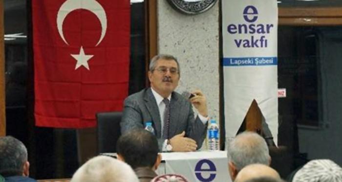 Ensar Vakfı Lapsek Şubesinin ev sahipliğinde Çağdaş Dünyada İslam Ve Müslümanlık Konferansı yapıldı