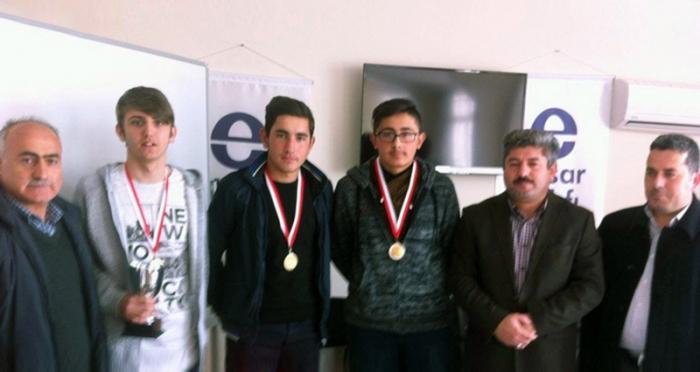 Niksar Ensar Vakfı, 15 Temmuz Demokrasi Şehitlerimizi Anma Programı'nda santraç turnuvası düzenledi