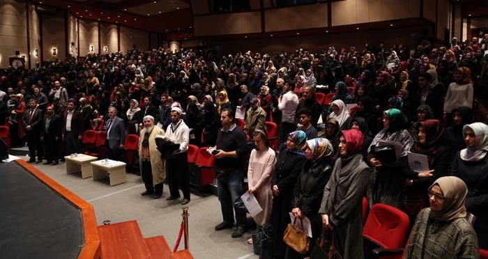 Namaz Gönüllüleri Platformu'nun 'Namazla Diriliş' etkinlikleri ikinci on yıl programı Üsküdar'da gerçekleşti