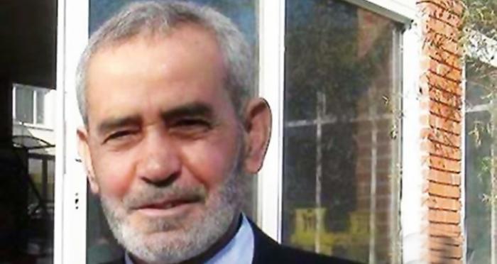 Ensar Vakfı İzmir Şube Başkanlığı görevini yıllarca ifa etmiş dava insanı, gönül adamı; büyüğümüz Mehmet Eker Rahmeti Rahman'a kavuşmuştur. Allah rahmet eylesin. Mekanı Cennet olsun.