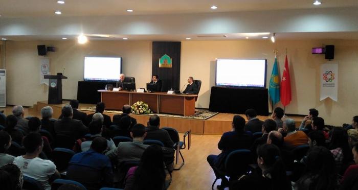 Kazakistan'ın Türkistan şehrinde; Ahmet Yesevi Üniversitesi'nde İpekyolu ve Yesevi Paneli