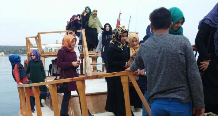 Ensar Vakfı kız yurdu öğrencileri Mersin'de kış kampındalar