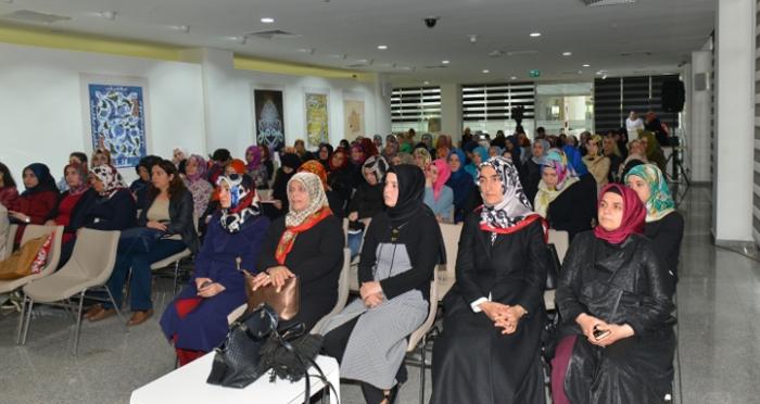 Ümraniye Belediyesi ve Ensar Vakfı iş birliği ile Mekteb-i Zarâfet eğitimleri sürüyor