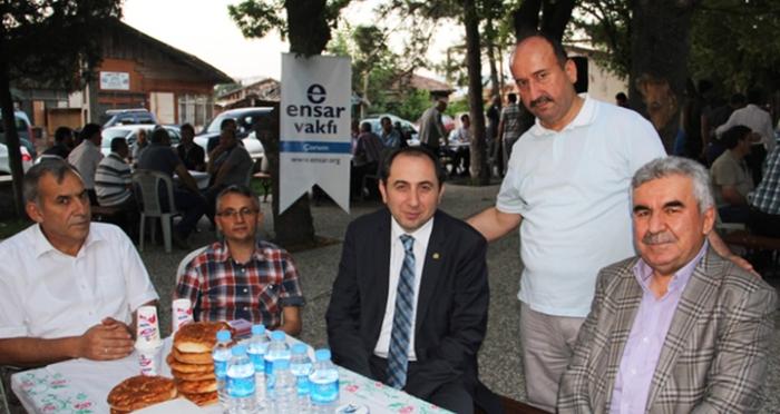 Ensar Vakfı Çorum Şubesi; Hicaz Usulü iftar programını Hıdırlık'ta gerçekleştirdi