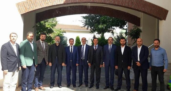 İmam Hatip Okulları Platformu İstanbul İcra Kurulu Toplantısı Ensar Vakfı'nda yapıldı.