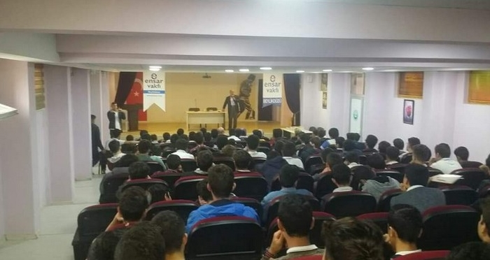 Namaz Bilinci Semineri'nin Konuğu: Mehmet Paksu