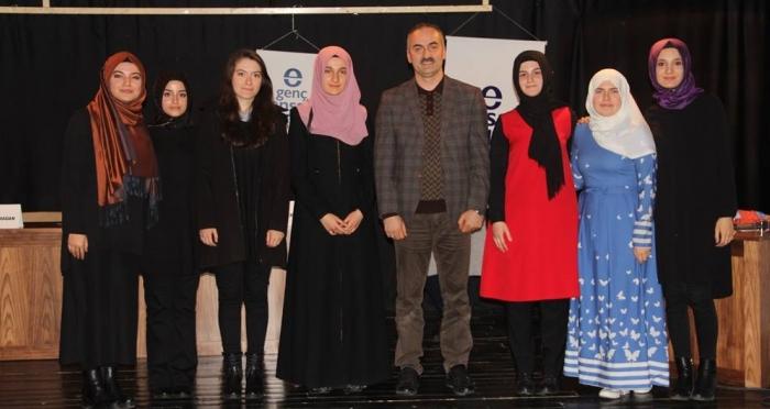 Ensar Vakfı Rize Şubesi 6 Öğrenciyi Umre İle Ödüllendirdi!