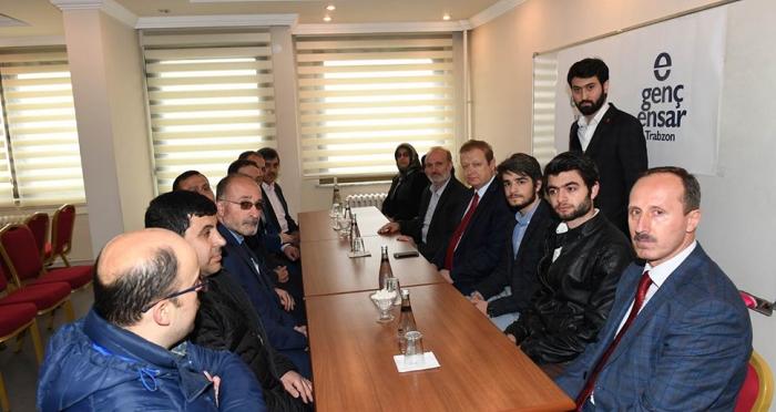 Trabzon Valisi Yücel Yavuz, Ensar Vakfı Trabzon Şubesini ziyaret etti