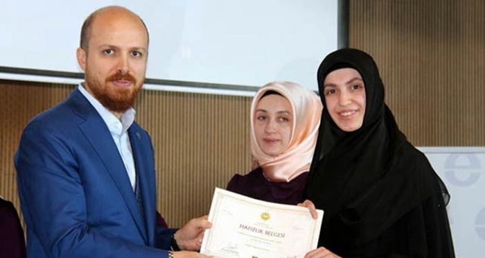 Samsun'da üniversite okurken aynı zamanda hafızlıklarını tamamlayan Ensar Kızlarını tebrik ediyoruz