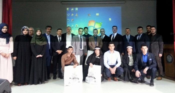 Sinop'ta İmam Hatip Liseliler yarıştı