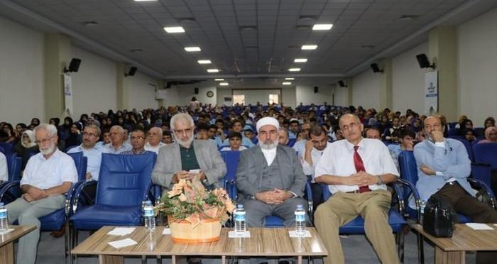 Ensar Vakfı Diyarbakır Şubesi'nden 'Selahaddin-i Eyyubi ve Kudüs'ün Yeniden Fethi' Konferansı
