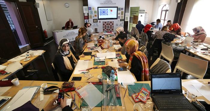İslam Sanatında Geometrik Desenler Okulu Tamamlandı