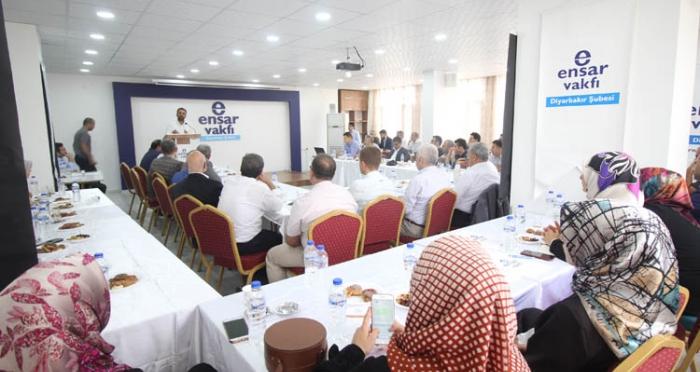 Ensar Vakfı Güneydoğu Anadolu Şubeleri Bölge Toplantısı Diyarbakır'da Yapıldı