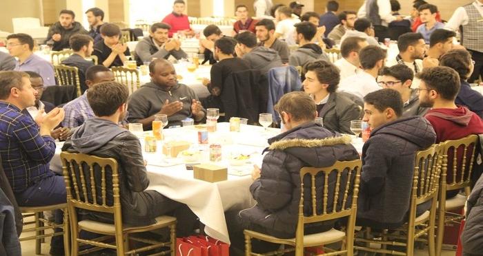 Ensar Vakfı Yurtları PDR Birimi Öğrencilerine Tanışma Yemeği Düzenledi