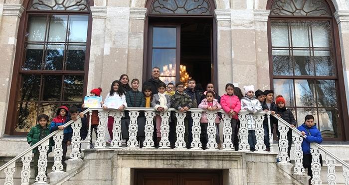 Çocuk Ressamlar Milli Saraylar Resim Müzesinde
