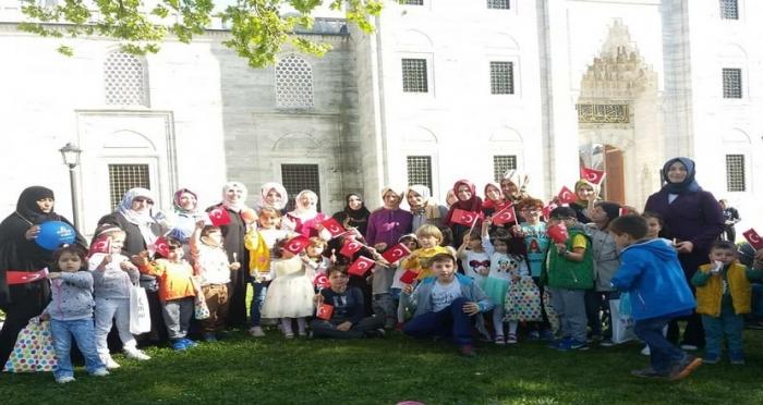 Ensar Çocukları 23 Nisan'ı Oyunla, Masalla ve Hediyelerle Kutladı