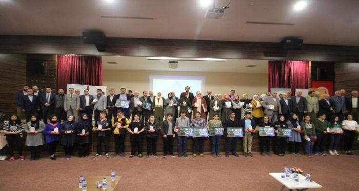 Ensar Vakfı Kartal Şubesi'nden Nebe-Nas Kur'an-ı Anlamaya Doğru Bilgi Yarışması Ödül Töreni