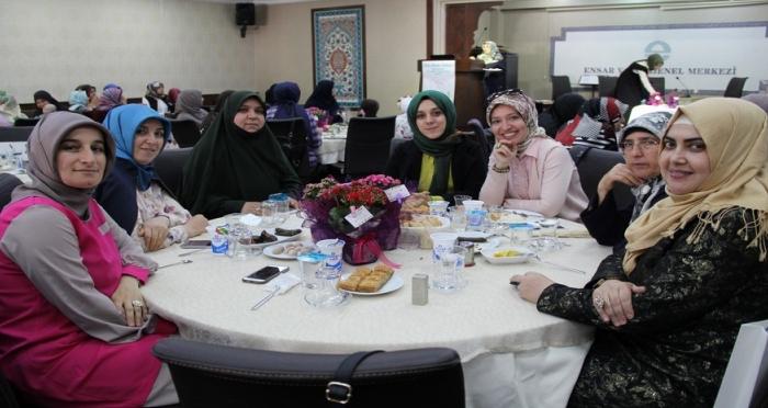 Hanımlar Komisyonu Ensar Annelerini Bir Araya Getirdi!