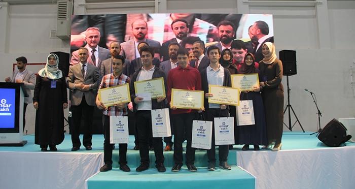 Ensar Vakfı Beykoz Şubesi'nin düzenlediği Nebe-Nas bilgi yarışmasının ödül töreni yapıldı
