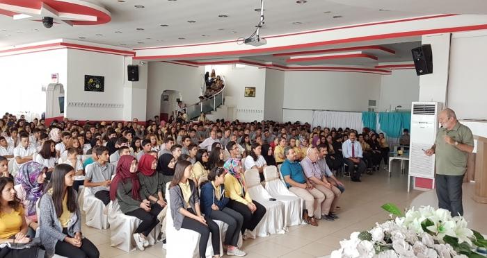 Ensar Vakfı Fethiye Şubesi'nden Mevlana Sohbetleri Programı