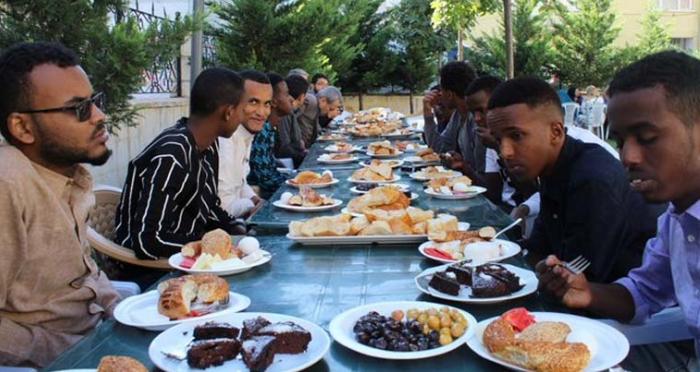 Ensar Vakfı Malatya Şubesinden Kahvaltı Programı