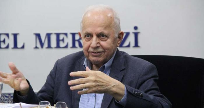 İlahiyat Vefa Dersleri'nin Kasım Ayı Konuğu Prof. Dr. Mustafa Tahralı Oldu