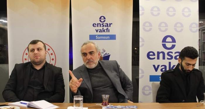 Ali Fuad Başgil Kitap Kahve'de 'Doğu Batı Ekseninde Kapitalizm' Konulu Program Gerçekleştirildi