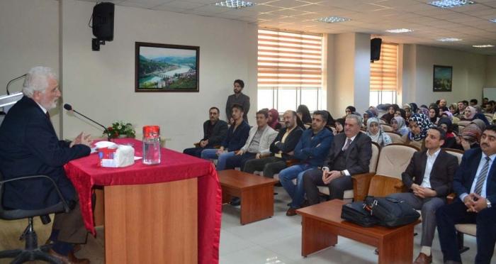 Ensar Vakfı Bingöl Şubesi Konferans Düzenledi