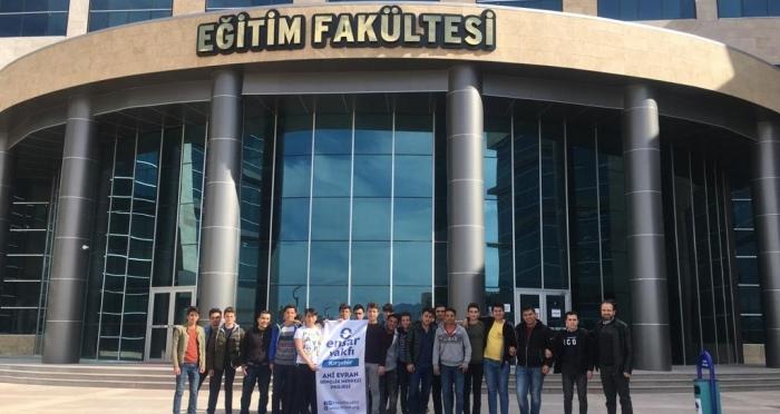 Ensar Vakfı Kırşehir Şubesi Ahi Evran Üniversitesine Gezi Düzenledi