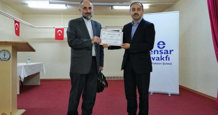 Ensar Vakfı Trabzon Şubesi 'İman ve Namazla Diriliş' Adlı Konferans Düzenledi
