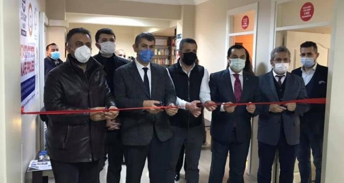 Ataşehir'in İlk Ders Kafe Projesi Hizmete Açıldı